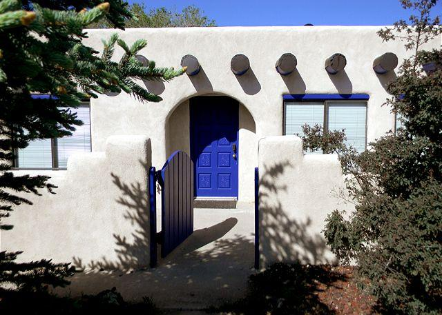 Romantic southwest architecture  - Scrabble House Great Views  3 Master Bedrooms Evap Cooling, Hot tub - El Prado - rentals