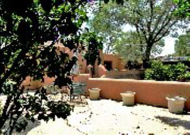 Former home of world renowned Taos artist, R.C Gorman. Walk to town! - Image 1 - Taos - rentals