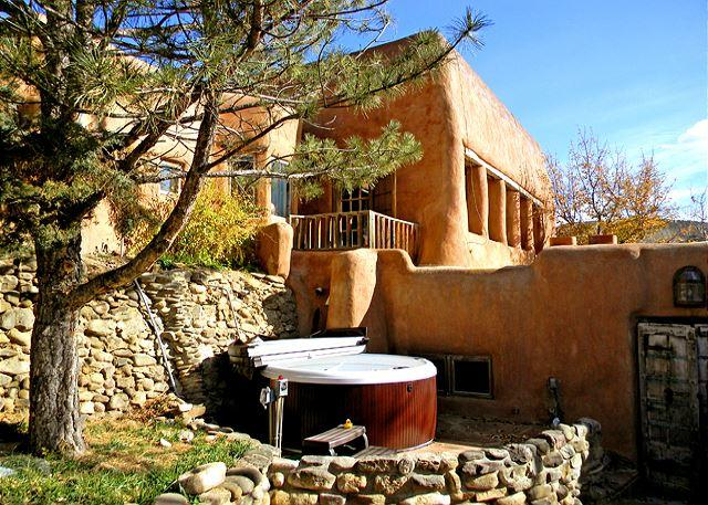 ADOBE HACIENDA COMPOUND - Adobe Hacienda Compound Historic (1790)  5 miles south of Taos Plaza. - Ranchos De Taos - rentals