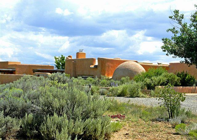 "John Shaw's Earthship House ""green architecture"" known as ""Earthships"" - Image 1 - El Prado - rentals"