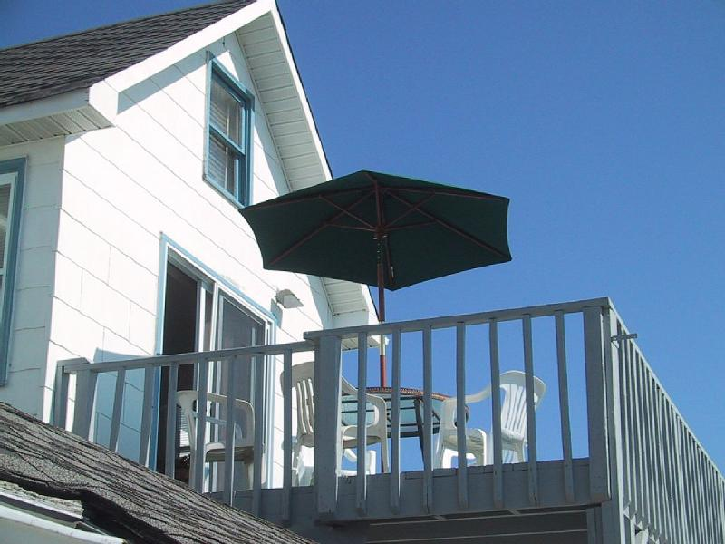 Bright and Spacious Haven near NYC- Beach Front! - Image 1 - Bradley Beach - rentals