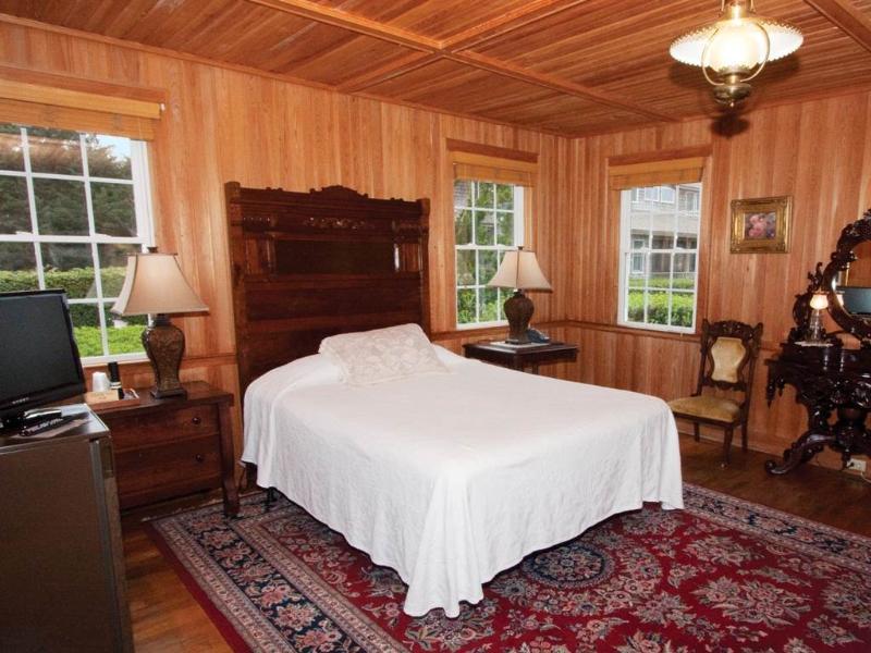 Sam's Room - Image 1 - Ocracoke - rentals