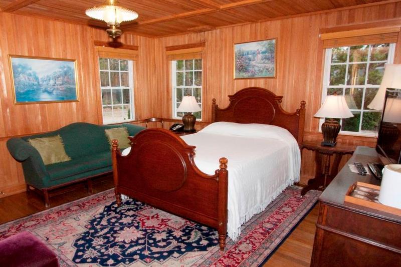 Patti's Room - Image 1 - Ocracoke - rentals