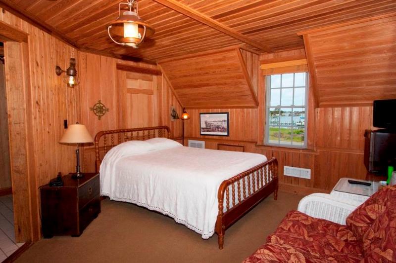 Jeff's Room - Image 1 - Ocracoke - rentals