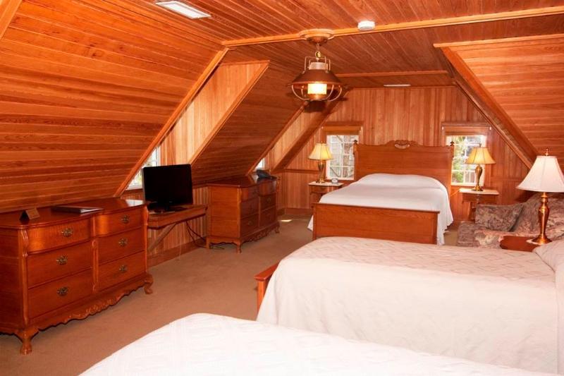 Harbor Room - Image 1 - Ocracoke - rentals