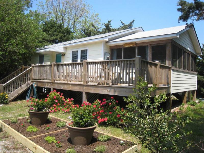 Creek Road Cottage - Image 1 - Ocracoke - rentals