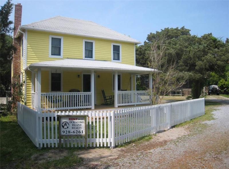 Miss Elecia Garrish Home - Image 1 - Ocracoke - rentals