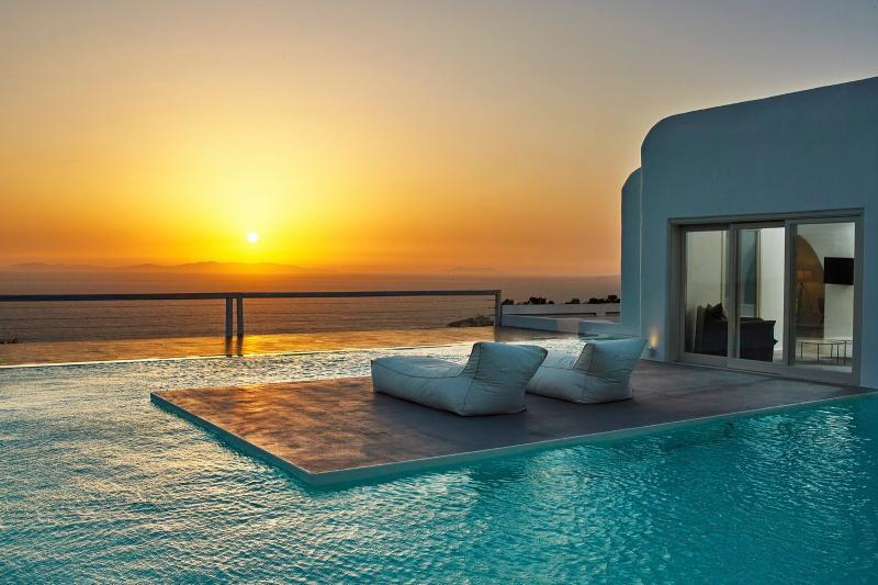 Villa Samaras - Image 1 - Mykonos - rentals