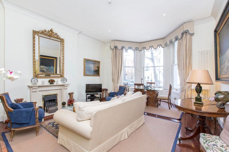 Knightsbridge - 2 bedroom 2 bath (1786) - Image 1 - London - rentals