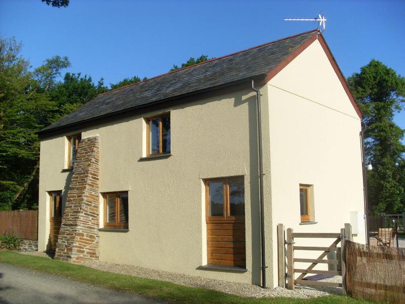 Acorn Cottage - Image 1 - Virginstow - rentals