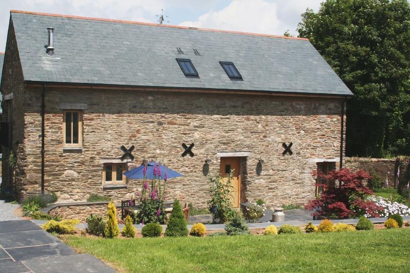 The Hay Barn - Image 1 - Halwell - rentals
