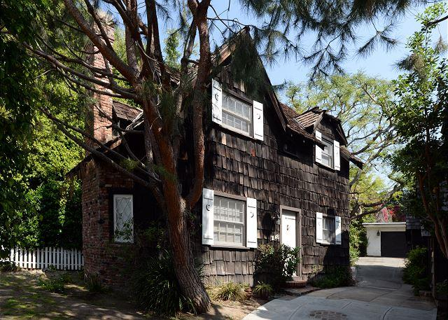 Cozy Cottage in Beverly Glen - Image 1 - Los Angeles - rentals
