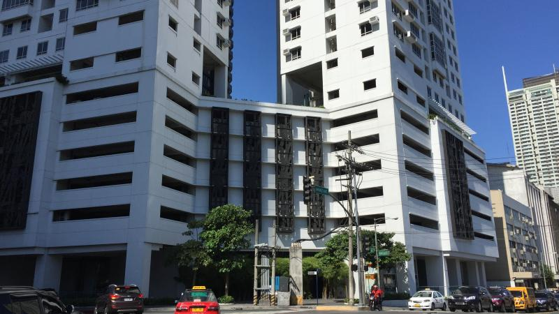 The Columns Legaspi Village - Makati's Best Studio Suite - Makati - rentals