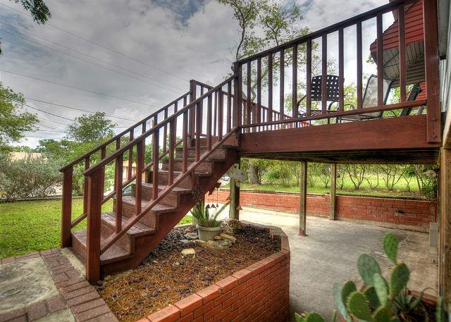 Convenience in every direction! - Image 1 - New Braunfels - rentals