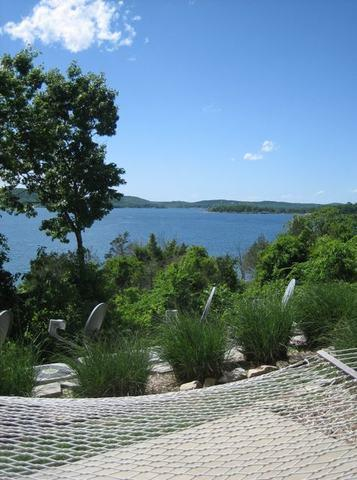 Table Rock Condo Walkout to the Lake! - 2 Bedroom - Image 1 - Hollister - rentals