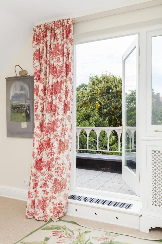 onefinestay - Swan Walk private home - Image 1 - London - rentals