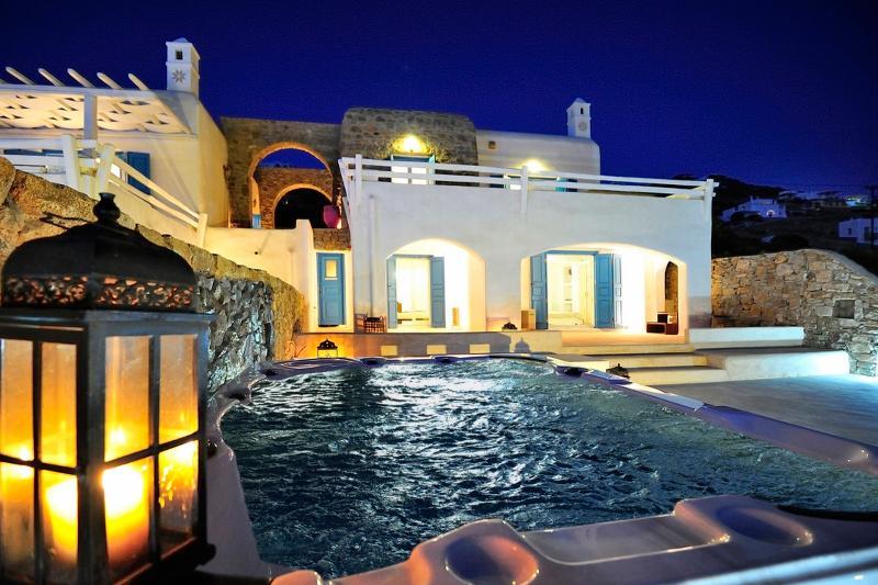 Villa Strabo - Image 1 - Tourlos - rentals