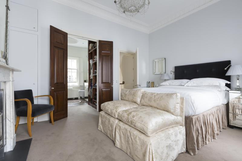 One Fine Stay - Walton Street III apartment - Image 1 - London - rentals