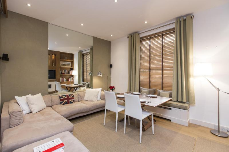 onefinestay - West Eaton Place private home - Image 1 - London - rentals