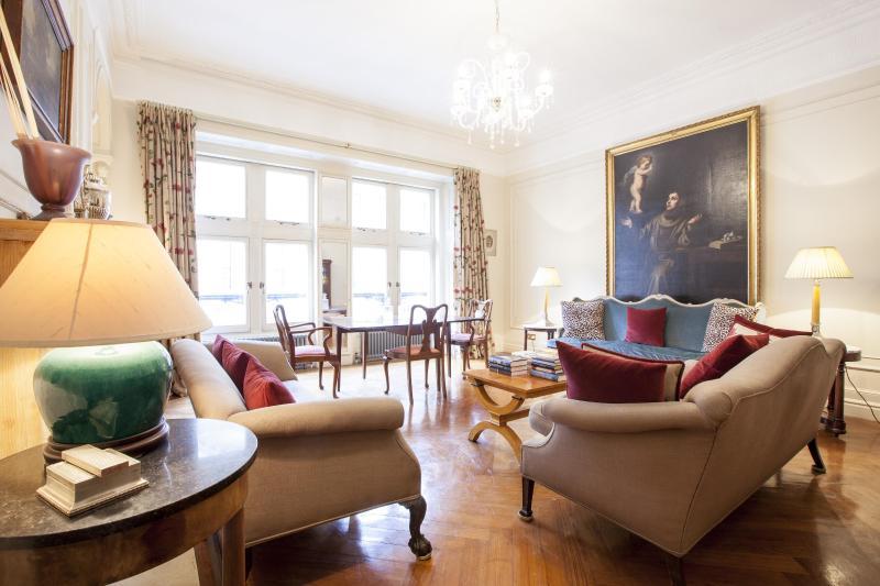 Whitehall Court - Image 1 - London - rentals