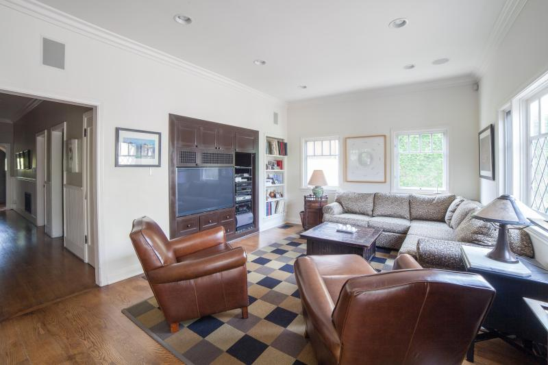 One Fine Stay - Pergola House - Image 1 - Santa Monica - rentals