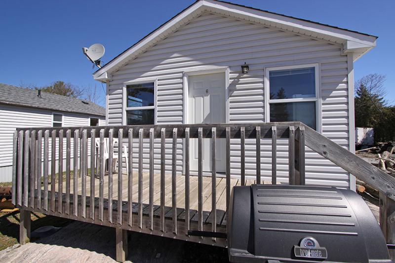 Halls Cottage #6 (#1048) - Image 1 - Ontario - rentals