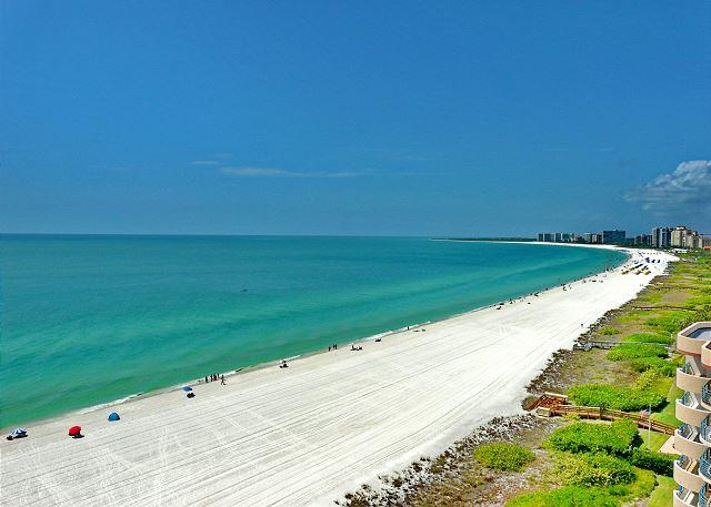Stylish beachfront condo w/ heated pool, hot tub & panoramic ocean views - Image 1 - Marco Island - rentals