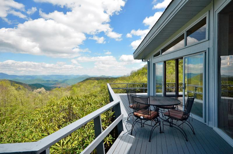 Front deck with views of Asheville.  4,500 ft elevation - RUSTIC retreat w/pool 1 mi. to Smoky Mtn Ntl Park - Maggie Valley - rentals