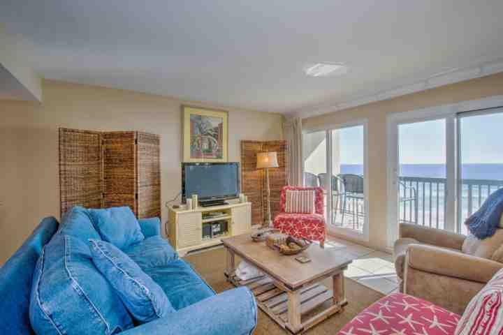 Living Room - Luxury Gulf Front 2 Bedroom with Pool and Fitness Room - Panama City Beach - rentals