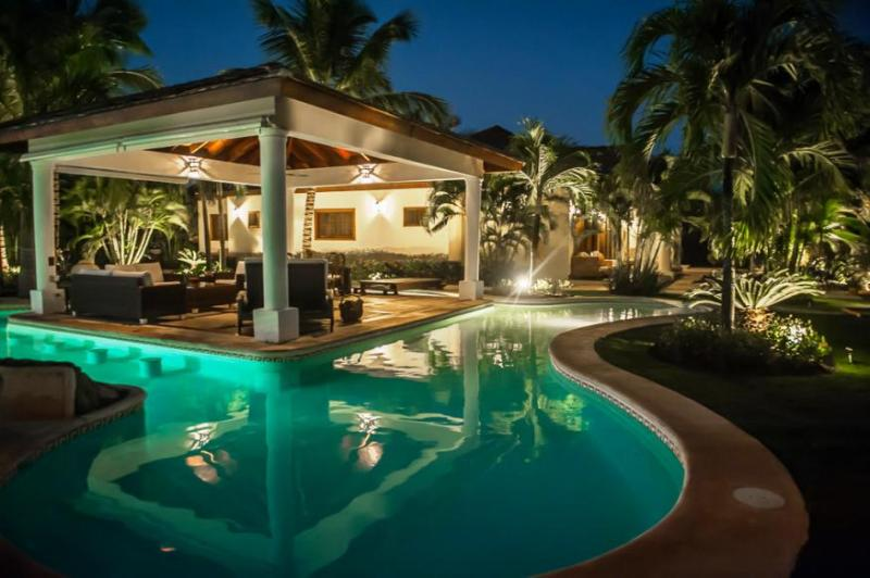 Elegant Four Bedroom Luxury Rental in Punta Cana - Image 1 - Punta Cana - rentals
