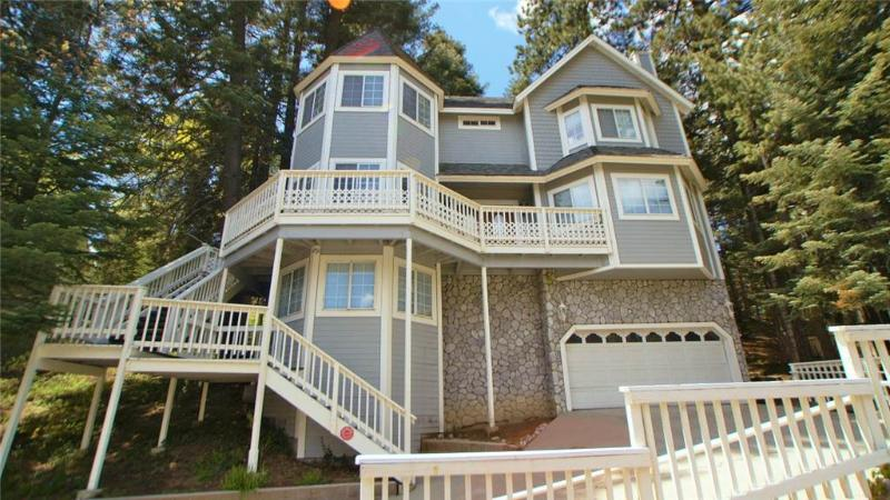 The Victorian Cottage in Lake Arrowhead - Image 1 - Lake Arrowhead - rentals
