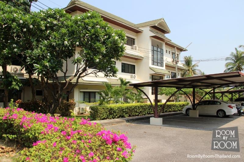 Condos for rent in Hua Hin: C6170 - Image 1 - Hua Hin - rentals