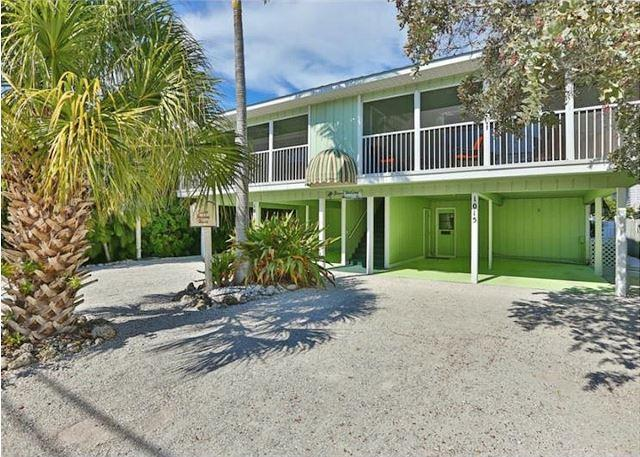 Siesta Key Beachside Vacation Rental W/ Heated Pool – Walk to Beach and More - Image 1 - Siesta Key - rentals
