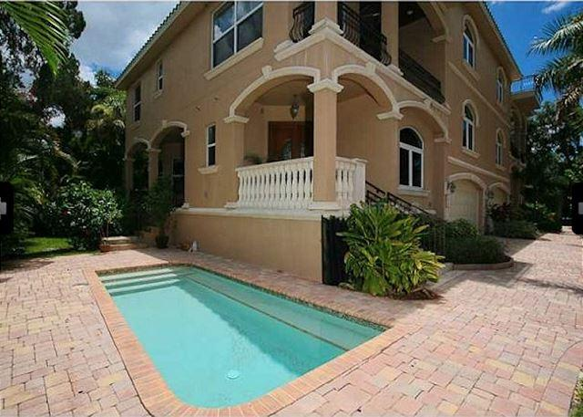 Luxury Siesta Key Vacation Rental Home with Heated Pool and Beach Access - Image 1 - Siesta Key - rentals