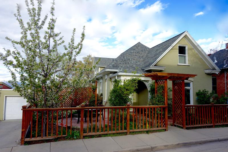 Almond Street Two Bedroom - Image 1 - Salt Lake City - rentals