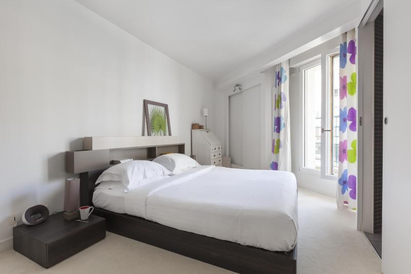 One Fine Stay - Avenue Jean-Baptiste Clément apartment - Image 1 - Paris - rentals