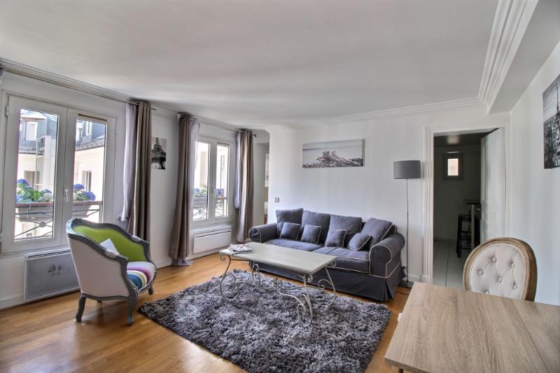 exposio_0002.jpg - ARTOIS - Paris - rentals
