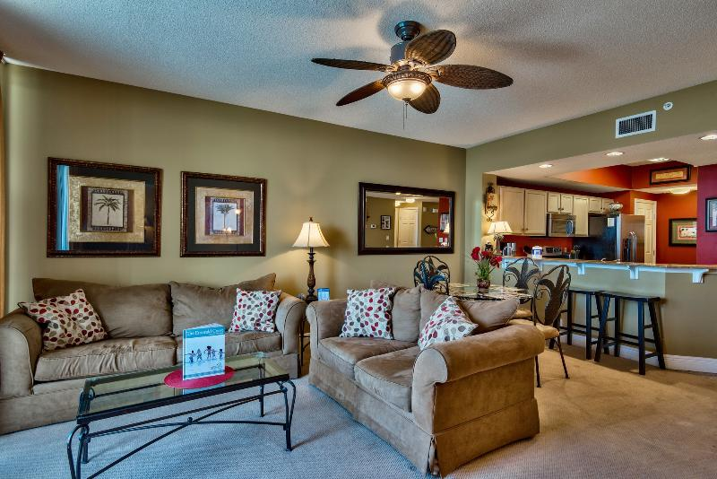 Warm and elegant family room with queen size sleeper sofa - 1st Floor Condo..Book Early for Spring/Summer! - Fort Walton Beach - rentals