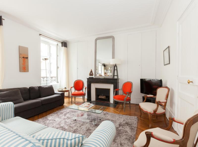 One Fine Stay - Rue de la Tour apartment - Image 1 - Paris - rentals