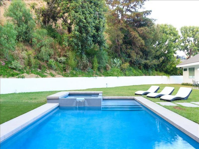 Hollywood Contemporary Retreat - Image 1 - West Hollywood - rentals