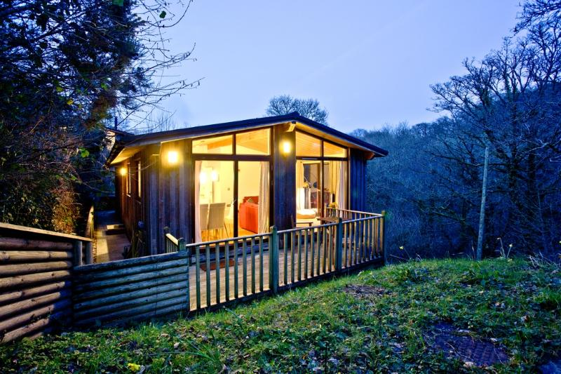 Treetops at Gara Mill located in Salcombe & South Hams, Devon - Image 1 - Salcombe - rentals