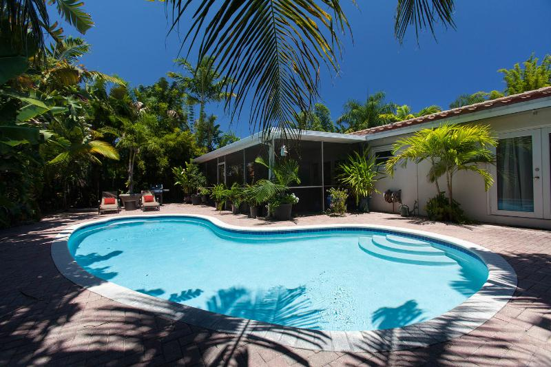 The Pool - Zen Garden Oasis Salt/Heated Pool and Florida Room - Fort Lauderdale - rentals