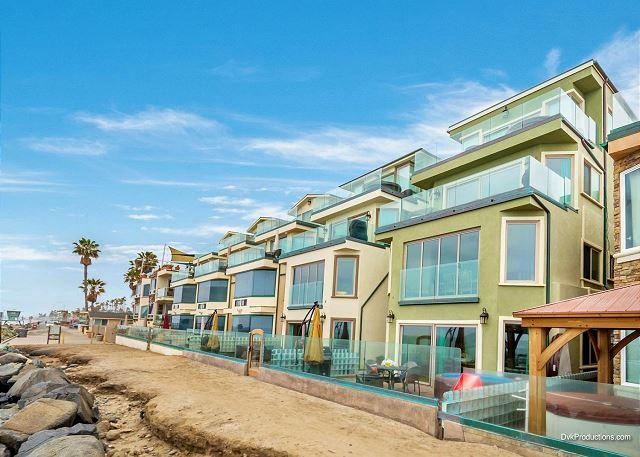 Spacious Brand New 3br, Beach Level Triplex Designer Decorated & AC Equipped - Image 1 - Oceanside - rentals