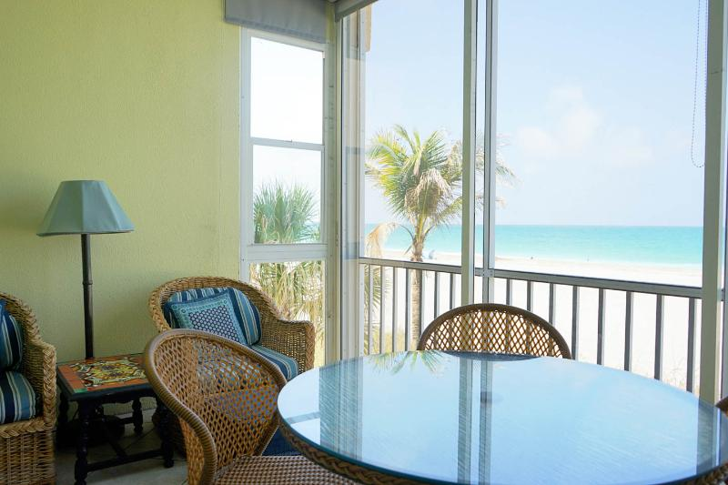 180 degree panorama view of the Gulf and beach - PRICE REDUCED AUGUST 5-19 - CALL OR EMAIL TODAY! - Siesta Key - rentals