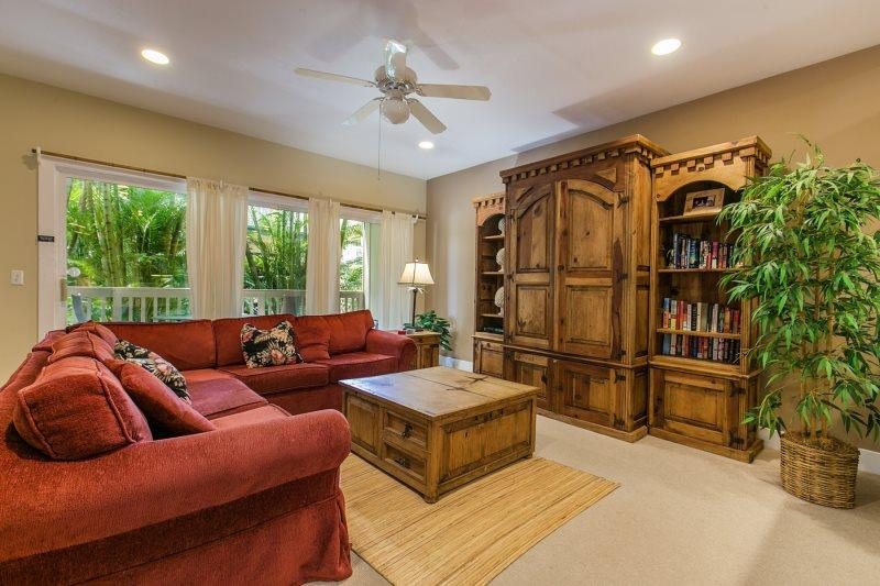Living Room - Regency 812 Beautifully appointed 2bd air conditioned condo in the heart of Poipu close to beaches. Free car with stays of 7 nights or more.* - Koloa - rentals