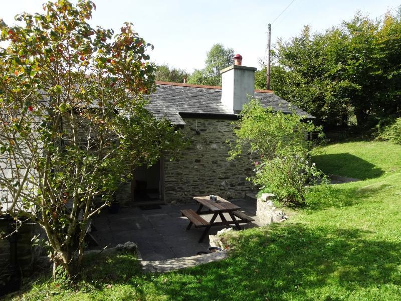 Blacksmith Barn - Image 1 - Horrabridge - rentals