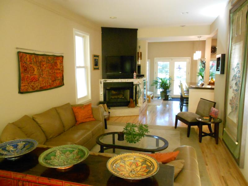Open living area on first floor, plenty of seating on large leather sectional. - Holiday Open: Bucktown Gorgeous Home,Garage & Deck - Chicago - rentals