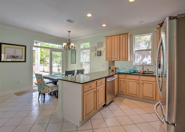 Kitchen - main house - 30% Off 4 Nights or More Sept-Jan! 5 Bedroom Split Home Plan-Private Pool - Destin - rentals