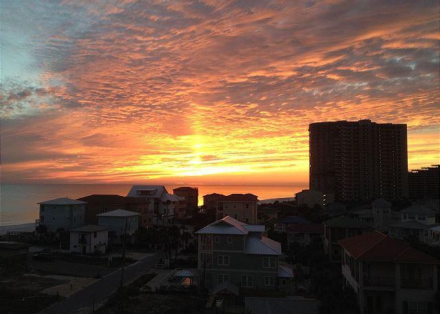 Beautiful Sunset Veiws - Fantastic Views 4 Bedroom 3 Bath Condo Sleeps 12! - Miramar Beach - rentals