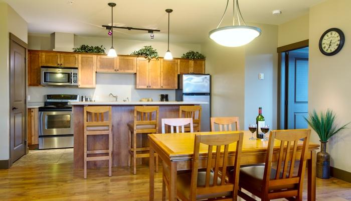 Enjoy the convenience of cooking in this fully-equipped kitchen. - Kicking Horse Palliser Lodge Upscale 1 Bedroom Condo - Golden - rentals
